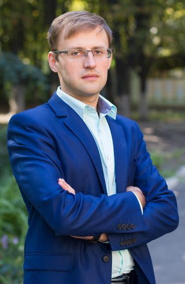 Василий Иванович — заместитель директора по учебно-воспитательной работе