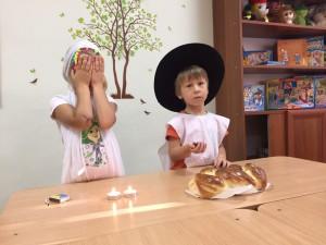 Готовимся к шабату: ученики делали халы самостоятельно!