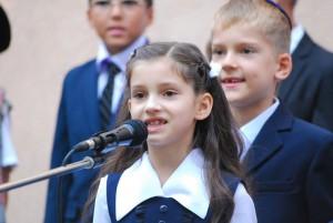 shkola-perlyna-1-st-bell-2015_075