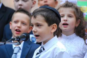 shkola-perlyna-1-st-bell-2015_076